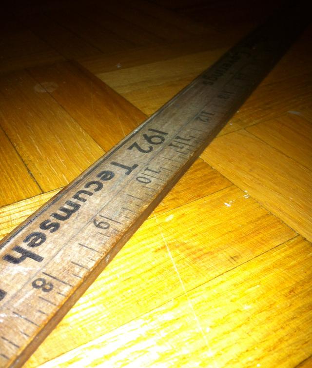 aberfoyle find: wooden ruler